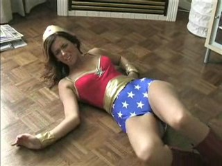New Goddess - Superheroine Site Review