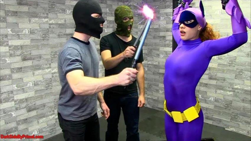 Primal fetish superheroine