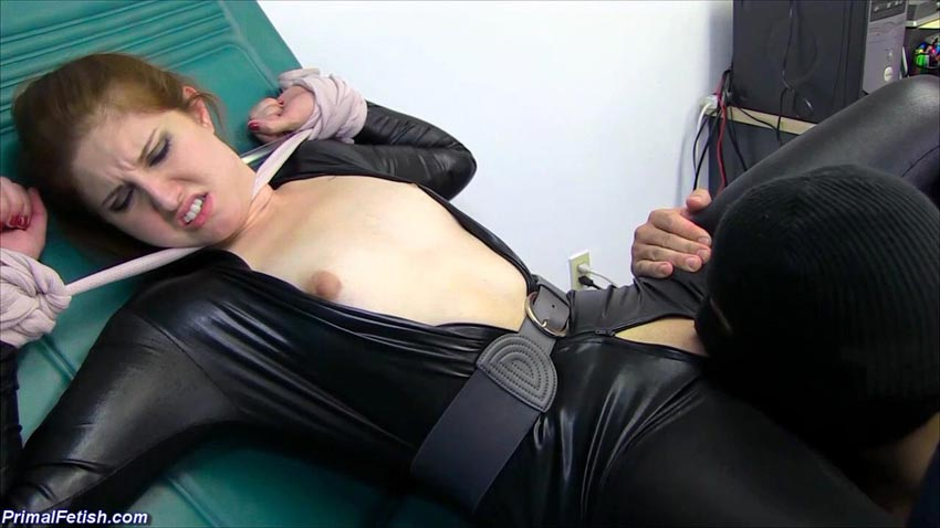 Black widow spider fucks her prey - 1 part 6