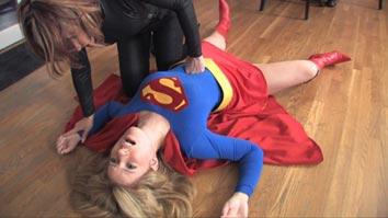 Velvets-Fantasies-Crush-on-Supergirl