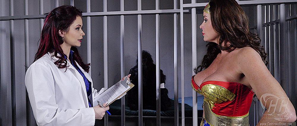 Christina Carters Wonder Woman vs. Gargantua - Heroine